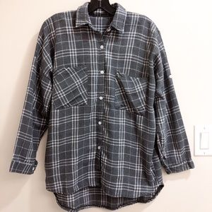 Tops - Grey oversized plaid flannel shirt